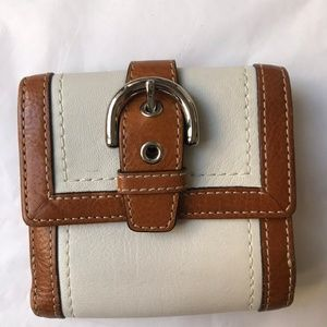 Coach change wallet
